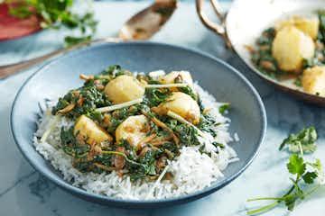 Potato Saag Curry